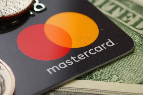 CEOs da Mastercard e do Wells Fargo concordam sobre o potencial a longo prazo da blockchain