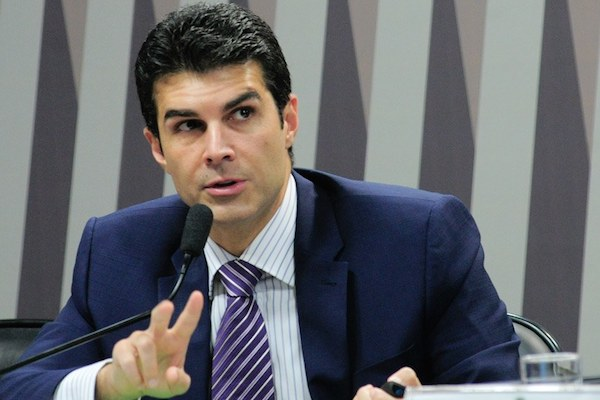 Helder Barbalho lidera as intenções de voto no Pará, aponta Ibope
