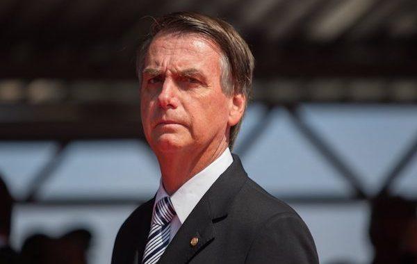 """Bolsonaro assina """"MP da segunda chance"""". Saiba mais!"""