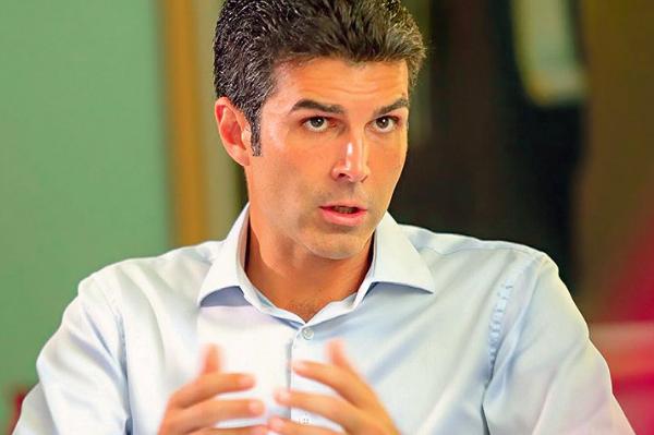 'Darei tudo de mim para ser o melhor governador': Helder Barbalho, candidato pelo MDB