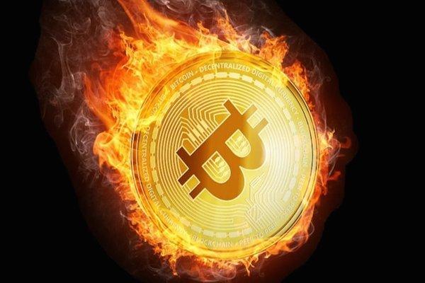 Queda no preço do Bitcoin: manipulação do mercado