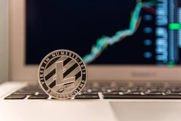 Litecoin dispara e atinge maior preço em mais de um ano