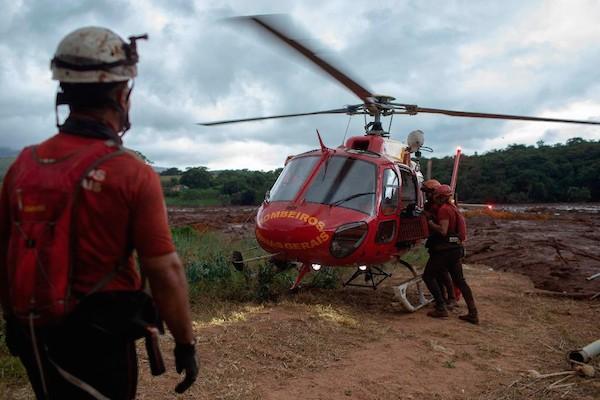 Defesa civil diz que não há Risco de novo rompimento e as buscas são retomadas em Brumadinho