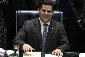 Alcolumbre deverá colocar MDB em segundo plano e PSL na cúpula do Senado