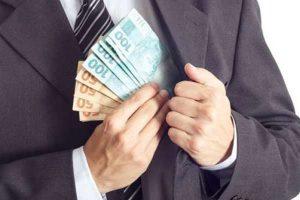 Renda fixa ou variável? Onde os milionários estão investindo o dinheiro atualmente