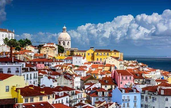 Tech Visa facilita entrada de profissionais brasileiros em Portugal; conheça