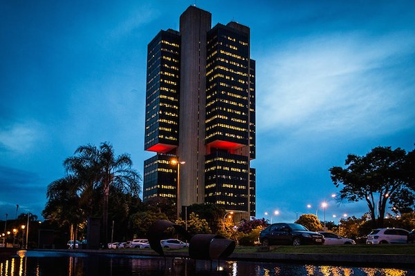 Banco Central do Brasil será responsável por regular Bitcoin, aponta advogado na Câmara dos Deputados