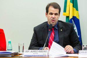 Deputado Aureo Ribeiro protocola oficialmente pedido para abertura de CPI das criptomoedas
