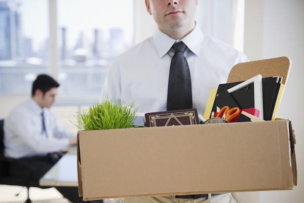Guedes prevê perda de 300 mil vagas de trabalho em 2020